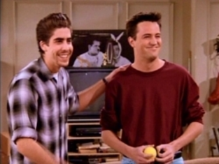 Watch Friends Season 2 Episode 17
