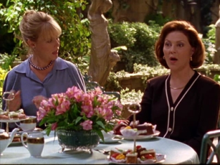 Watch Gilmore Girls Season 2 Episode 6