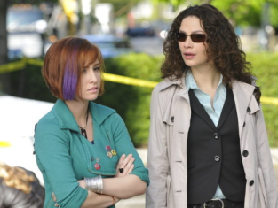 Watch Warehouse 13 Season 2 Episode 7