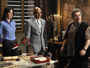 Watch Warehouse 13 Season 2 Episode 9