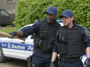 Watch Leverage Season 3 Episode 13