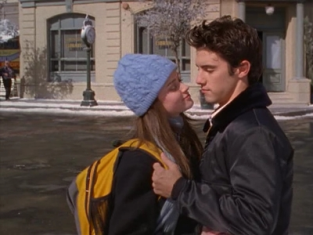 Watch Gilmore Girls Season 3 Episode 10