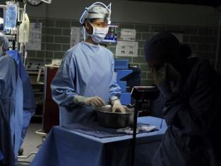 Watch Grey's Anatomy Season 7 Episode 2