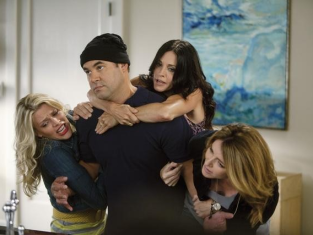 Watch Cougar Town Season 2 Episode 3