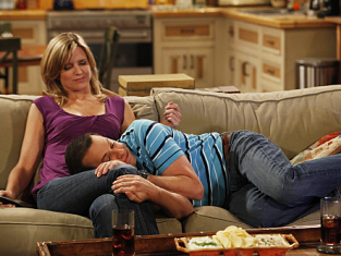 Watch Two and a Half Men Season 8 Episode 4