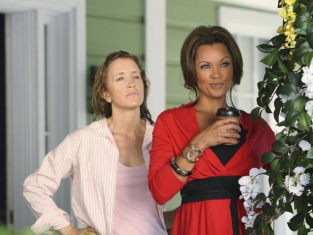 Watch Desperate Housewives Season 7 Episode 4