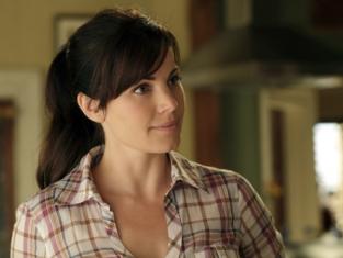Watch Smallville Season 10 Episode 6