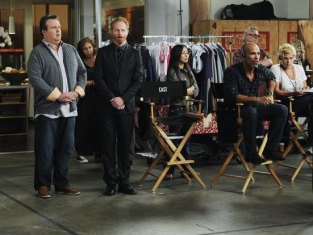 Watch Modern Family Season 2 Episode 7