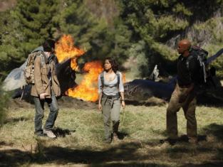 Watch Undercovers Season 1 Episode 8