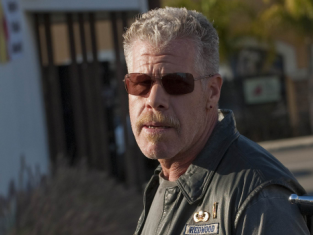 Watch Sons of Anarchy Season 3 Episode 13