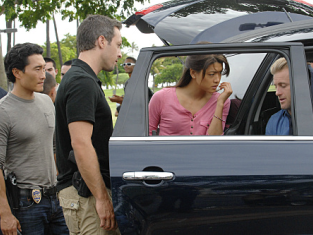 Watch Hawaii Five-0 Season 1 Episode 10
