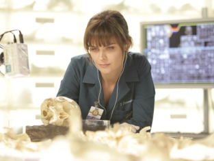 Watch Bones Season 6 Episode 9