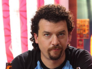 Watch Eastbound & Down Season 1 Episode 1