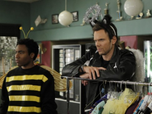 Watch Community Season 2 Episode 13