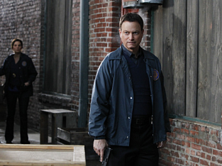 Watch CSI: NY Season 7 Episode 14
