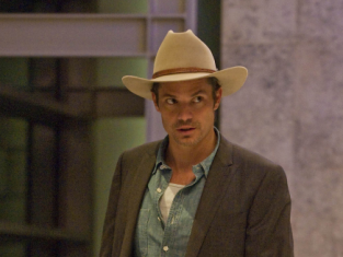 Watch Justified Season 2 Episode 2