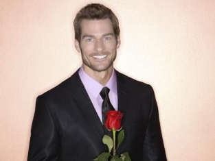 Watch The Bachelor Season 15 Episode 8