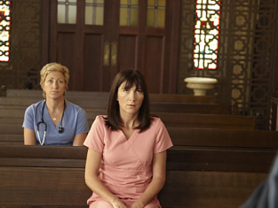 Watch Nurse Jackie Season 3 Episode 1
