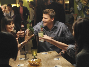 Watch Bones Season 6 Episode 18