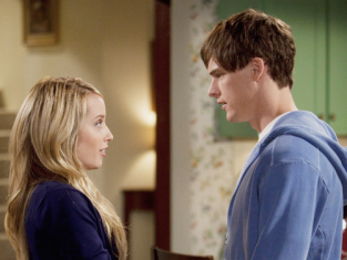 Watch The Secret Life of the American Teenager Season 3 Episode 18