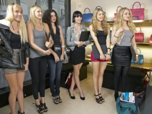 Watch America's Next Top Model Season 16 Episode 9