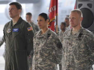 Watch Army Wives Season 5 Episode 9