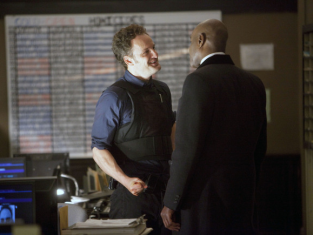 Watch The Chicago Code Season 1 Episode 12