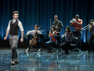 Watch Glee Season 2 Episode 21