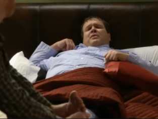 Watch Modern Family Season 2 Episode 22