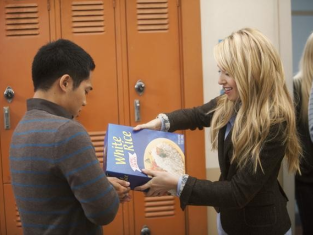 Watch The Secret Life of the American Teenager Season 3 Episode 25