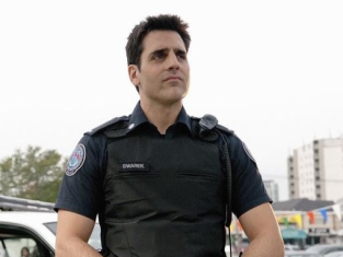 Watch Rookie Blue Season 2 Episode 3