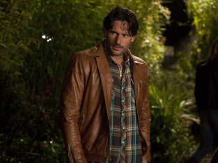 Watch True Blood Season 4 Episode 6