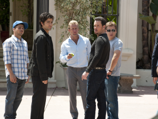 Watch Entourage Season 8 Episode 4