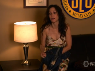 Watch Weeds Season 7 Episode 9