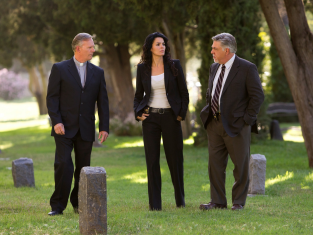 Watch Rizzoli & Isles Season 2 Episode 7