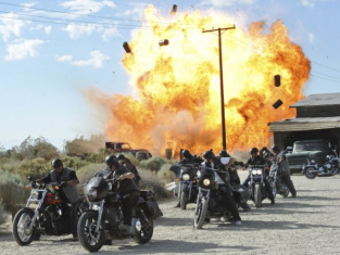 Watch Sons of Anarchy Season 4 Episode 4