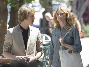 Watch Revenge Season 1 Episode 2
