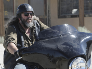 Watch Sons of Anarchy Season 4 Episode 6