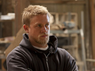 Watch Sons of Anarchy Season 4 Episode 7