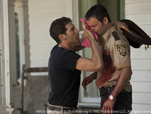 Watch The Walking Dead Season 2 Episode 2