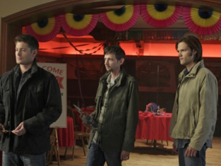 Watch Supernatural Season 7 Episode 8