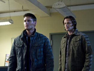 Watch Supernatural Season 7 Episode 10