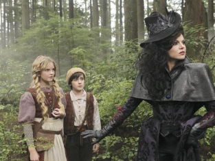 Watch Once Upon a Time Season 1 Episode 9