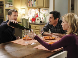 Watch Modern Family Season 3 Episode 14