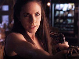 Watch Lost Girl Season 1 Episode 7