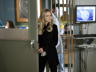 Watch Ringer Season 1 Episode 18