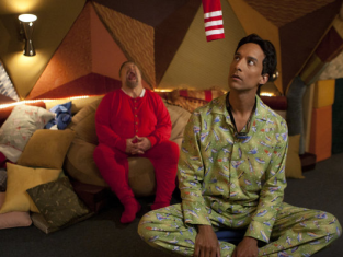Watch Community Season 3 Episode 13