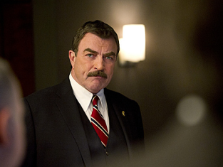 Watch Blue Bloods Season 2 Episode 21