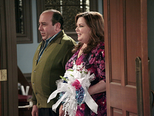 Watch Mike & Molly Season 2 Episode 22