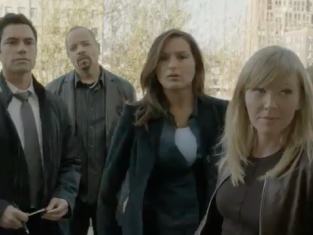 Watch Law & Order: SVU Season 13 Episode 23